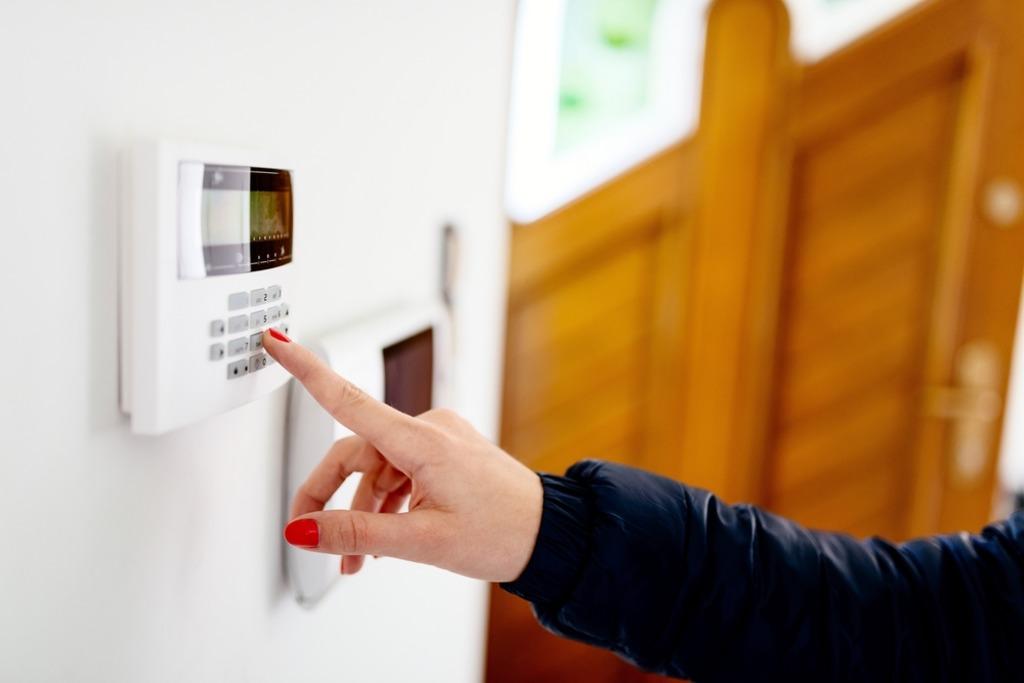 Как обезопасить свой дом от взлома?